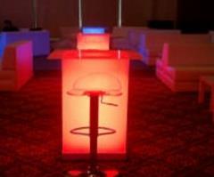 Işıklı kokteyl masası Kiralama